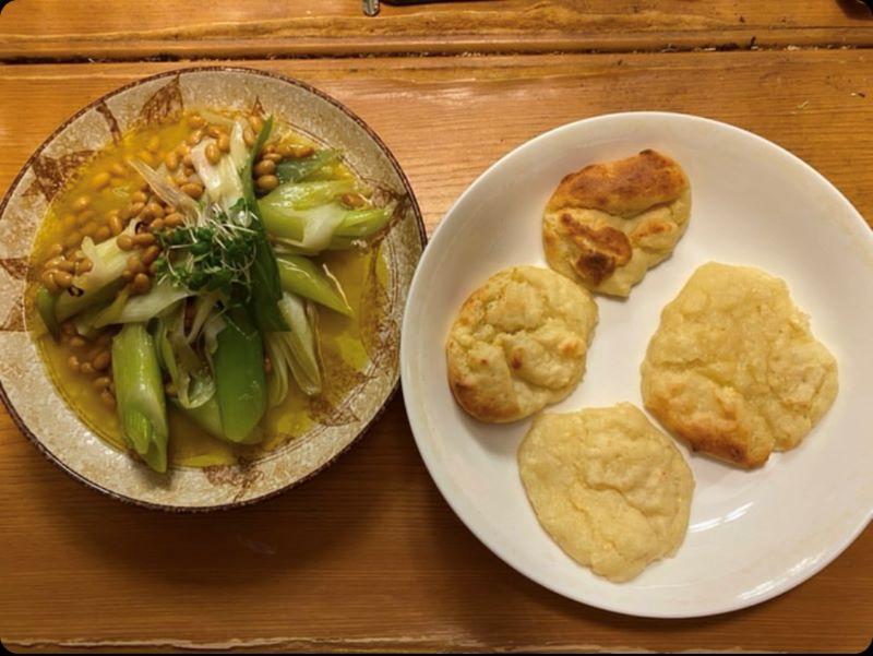 納豆のアヒージョと豆腐パン