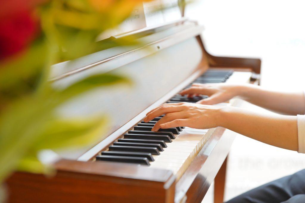 ピアノを独学で弾きたい!始め方とオススメの教材をご紹介!