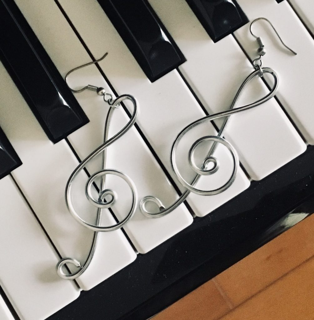 【ピアノ初心者】楽譜の基本の読み方を思い出そう!!まずはこれだけ