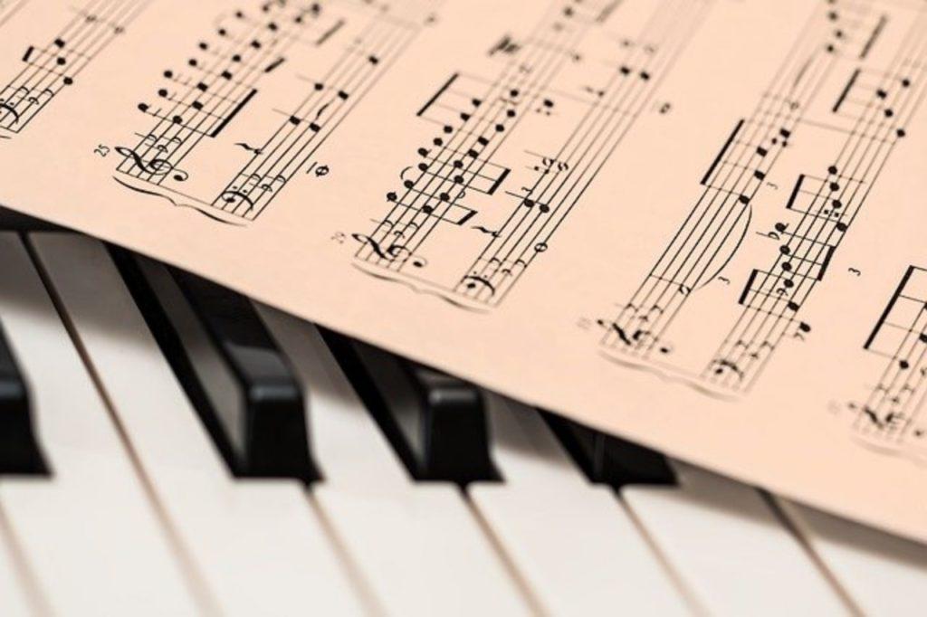 【ピアノ楽譜】へ音記号をもっと身近なものに!譜読みのヒントも
