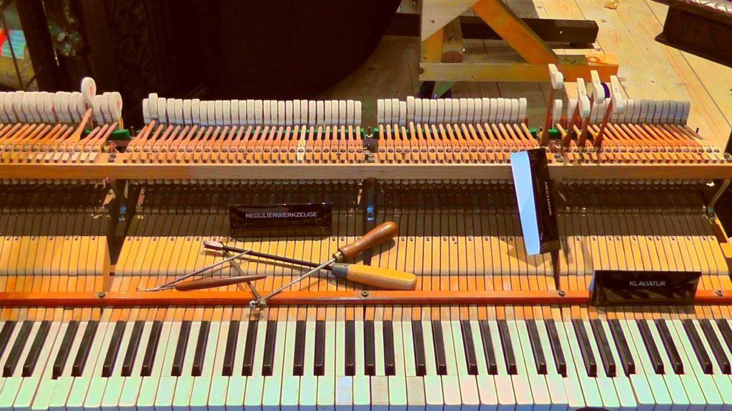 ピアノの調律費用はどれくらい!?気になる調律について教えます!!