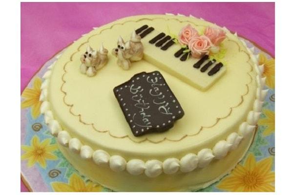 お菓子工房ロリアンのケーキ画像です