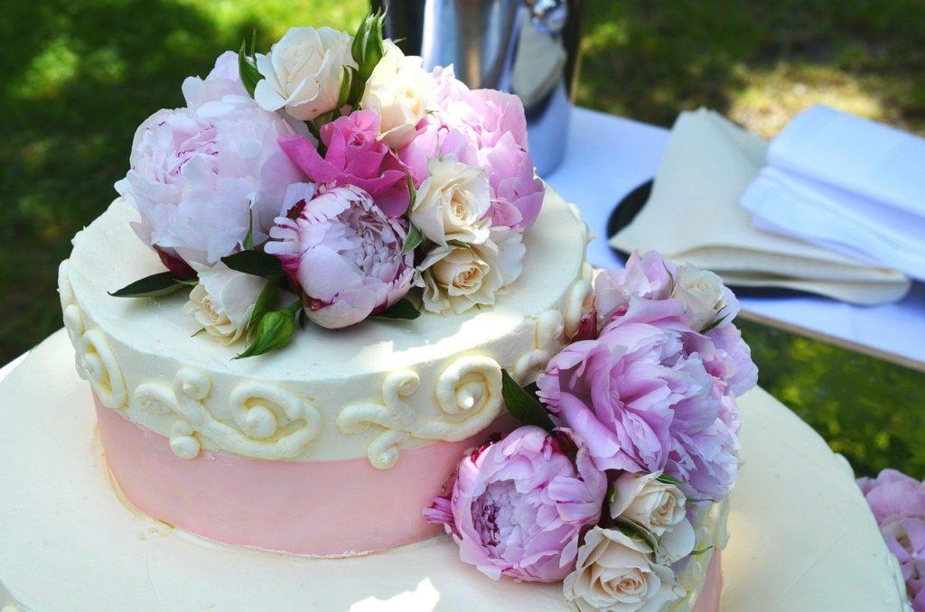 記念日を彩るピアノケーキ5選!!大切な人へのプレゼントに