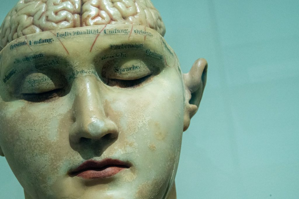 ピアノの脳トレ効果って?脳の活性化ならピアノを今すぐ始めよう!