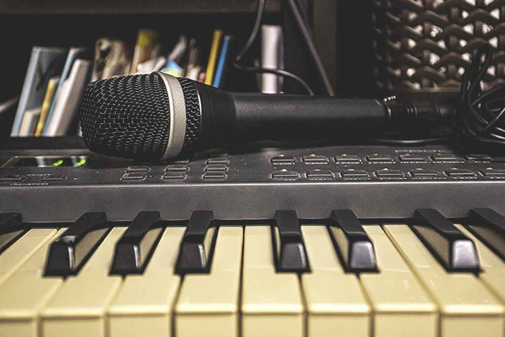 音楽で稼ぐ方法10選!!知れば知るほど音楽で食べていけるその秘密
