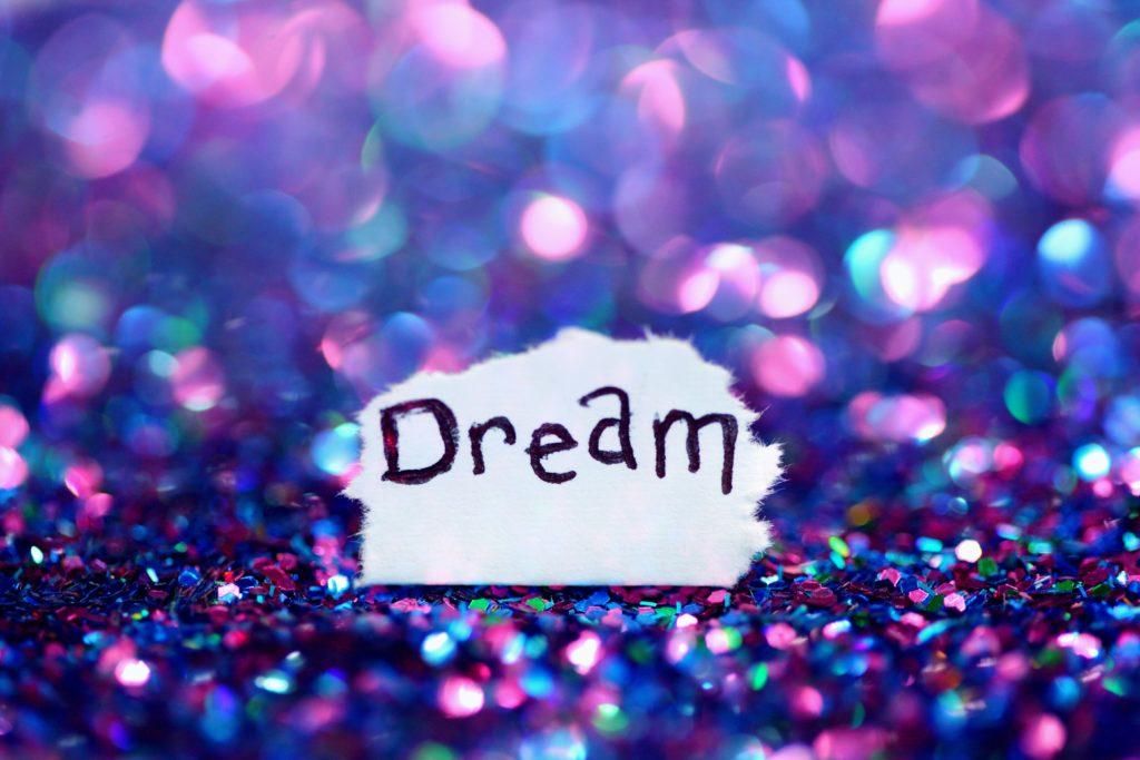 ピアノが夢に出てくるのはいいの?悪いの?夢占いまとめました!