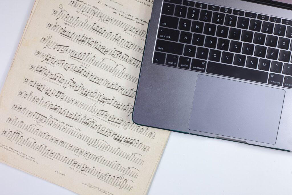 「六等星の夜」弾き語りにピアノで挑戦!!楽譜なしの練習法とは!?