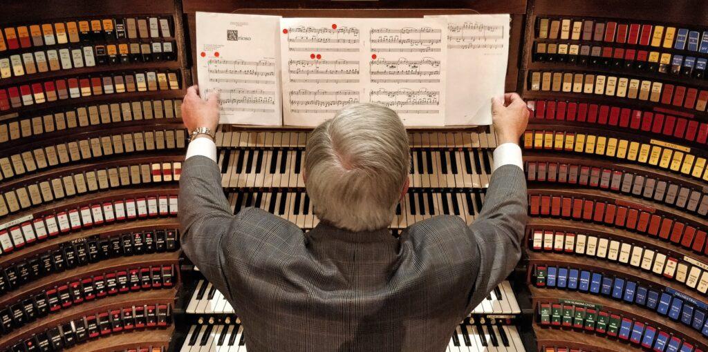 ピアノ演奏でコードを使うには?!上級者への第一歩を踏み出そう!!